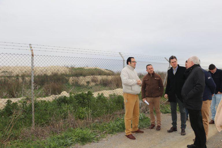 El PP exige el sellado urgente del vertedero de Cornejil y evitar los humos tóxicos que llegan a la población cuerveña