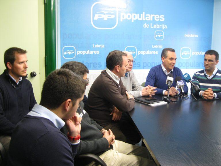 Juan Bueno y Jaime Raynaud reivindican la autovía Cádiz-Huelva