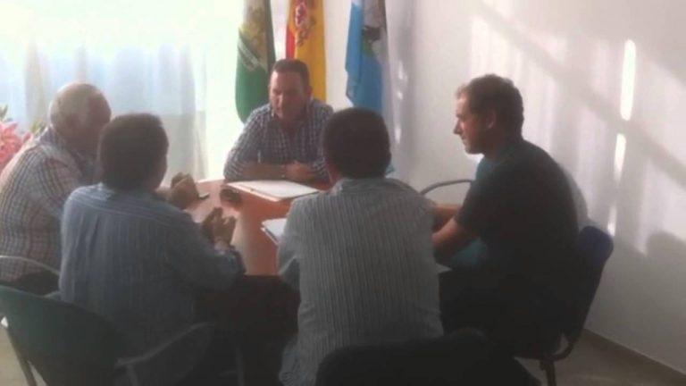 Oliva se reúne con la Asociación de Comercio Ambulante del Bajo Guadalquivir